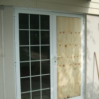 conservatory door broken glass repairs