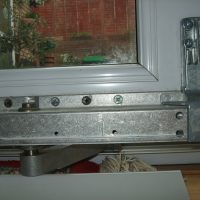 window hinge repair